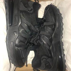 Nike - 270 Bowfin - Triple Black